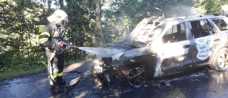 Fahrzeugbrand (B2) am Hals